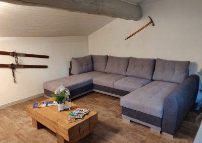 Grand canapé d'angle de votre gite d'Hauteluce
