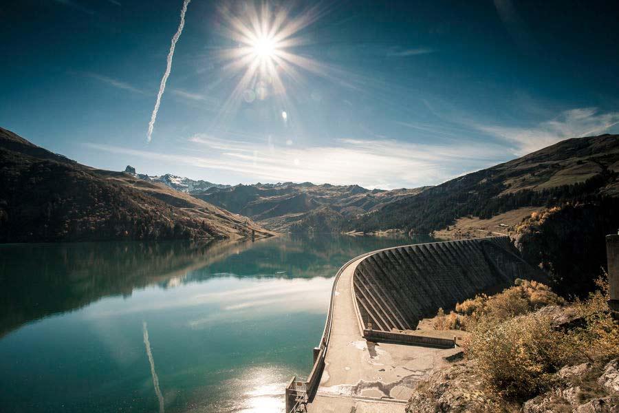 Barrage et lac de Roselend Beaufortain Savoie